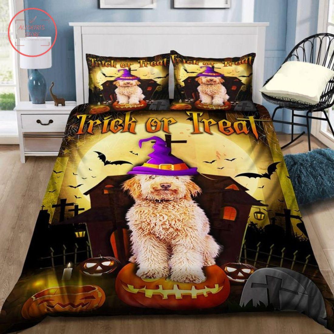Goldendoodle Cosplay Witch Halloween Blanket
